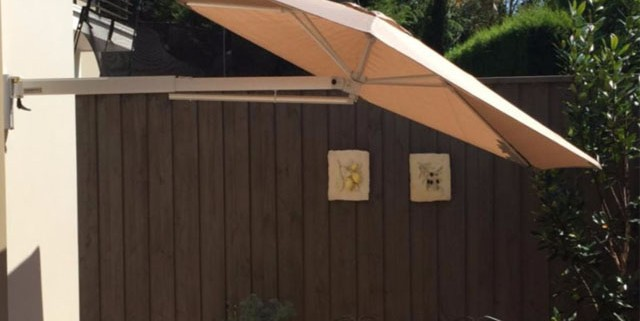 SU3 Outdoor Wall Mounted Umbrella Installation